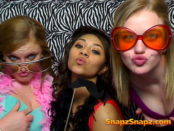 the coloney photo booth
